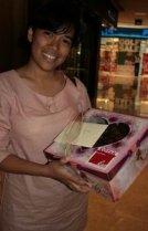 Ida dan kotak kuenya
