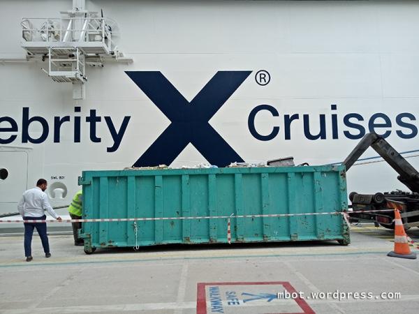sampah kapal